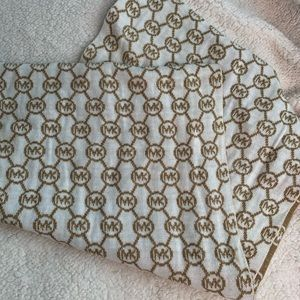 Michael Kors Gold & White Infinity Knitted Scarf